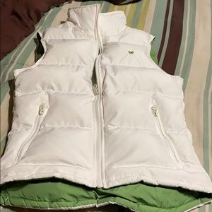 White Puffer Vest. New Condition!